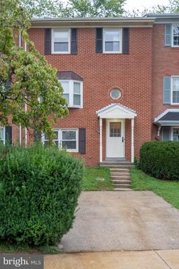 13718 PENWITH CT