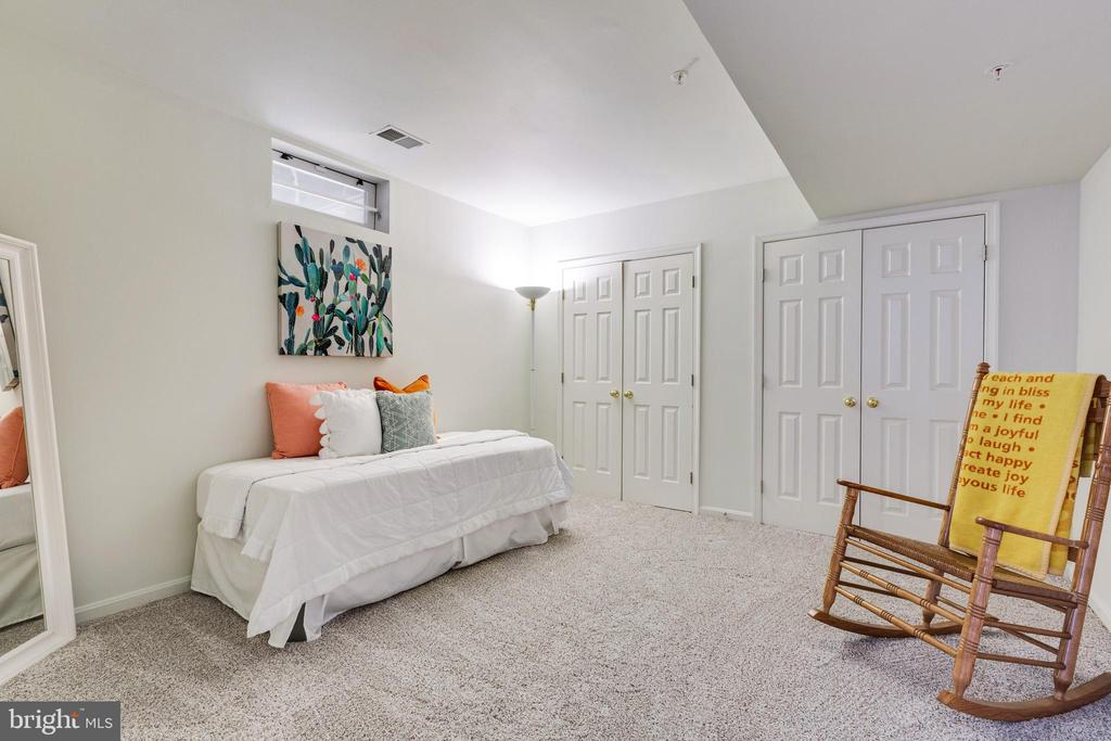 Bedroom #5 in Lower Level w/lots of Closet Space - 7617 STRATFIELD LN, LAUREL