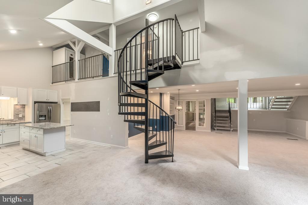 Spiral Staircase to Upper Level - 107 NINA CV, STAFFORD