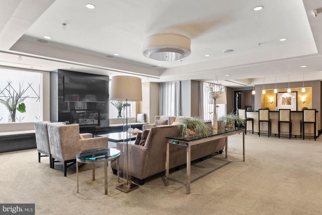 Resident Lounge - 7710 WOODMONT AVE #1102, BETHESDA