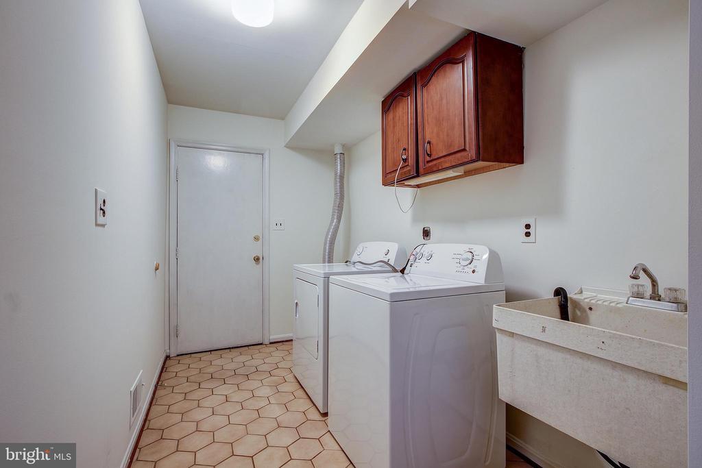 Laundry Room Main Level - 14136 CRICKET LN, SILVER SPRING