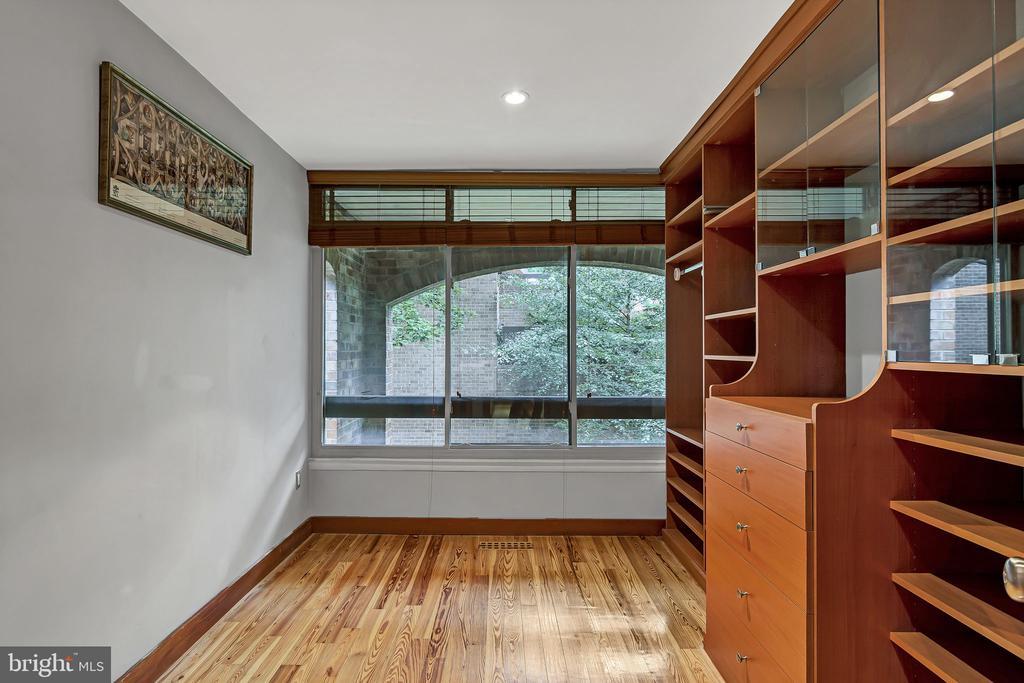 Bedroom #2 with custom built-ins - 1733 S HAYES ST #A-1, ARLINGTON