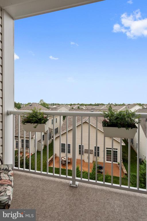 Balcony - Get Lost in a Good Book Out Here! - 20505 LITTLE CREEK TER #302, ASHBURN