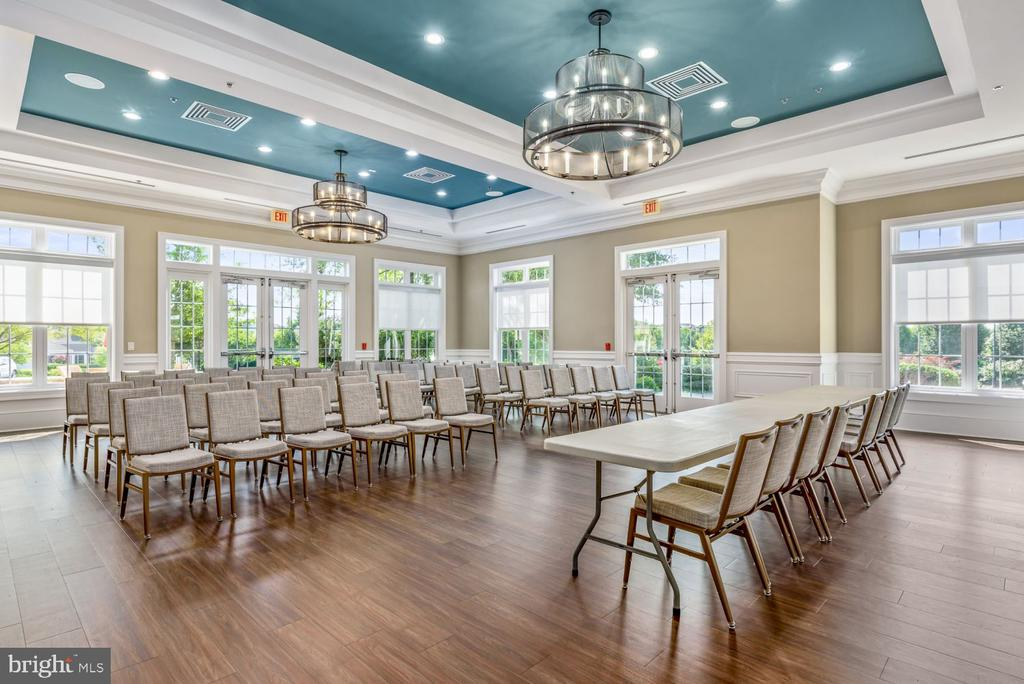 The Charlottesville Room - Great for Large Classes - 20505 LITTLE CREEK TER #302, ASHBURN
