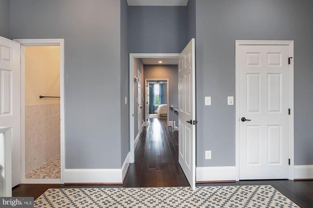En-Suite Bathroom and Closet - 1609 LEVIS ST NE, WASHINGTON