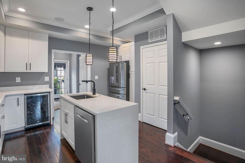 Beautiful Kitchen with Stainless Steel Appliances - 1609 LEVIS ST NE, WASHINGTON