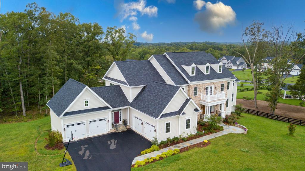 Aerial Side View - 41219 TRAMINETTE CT, ASHBURN