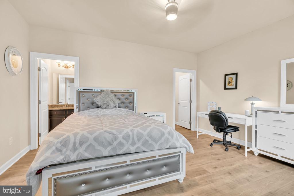 Bedroom #3 - 41219 TRAMINETTE CT, ASHBURN