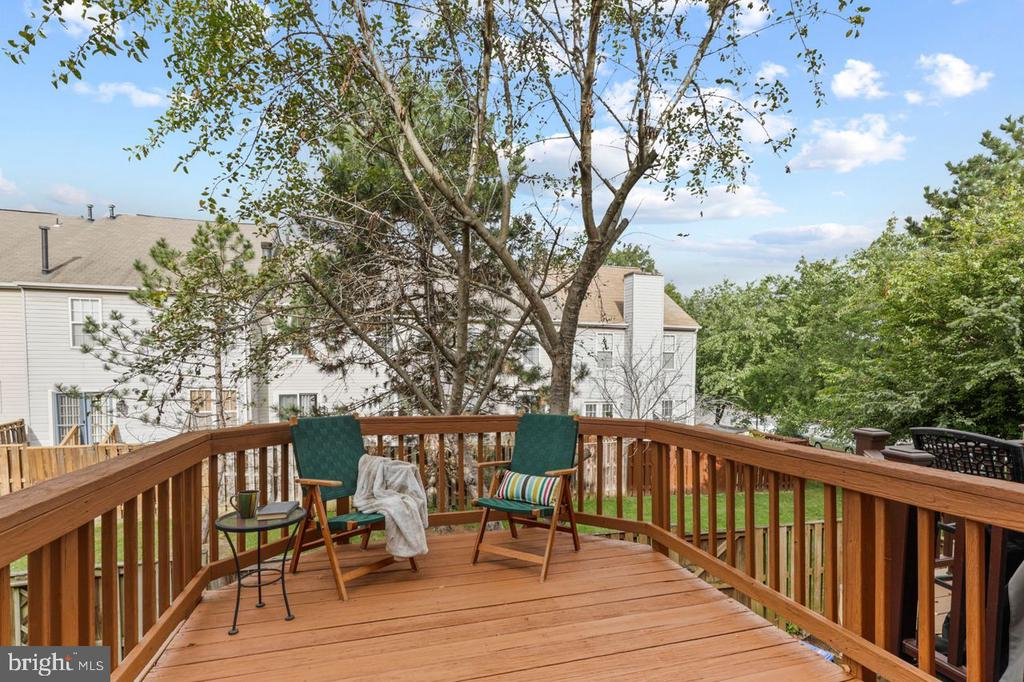 Deck off of Dining Room - a great place for R & R - 22082 MANNING SQ, STERLING