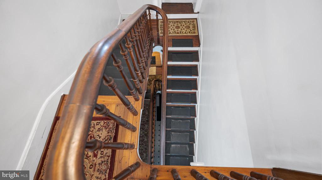WINDING STAIRCASE - 130 W THIRD ST, FREDERICK
