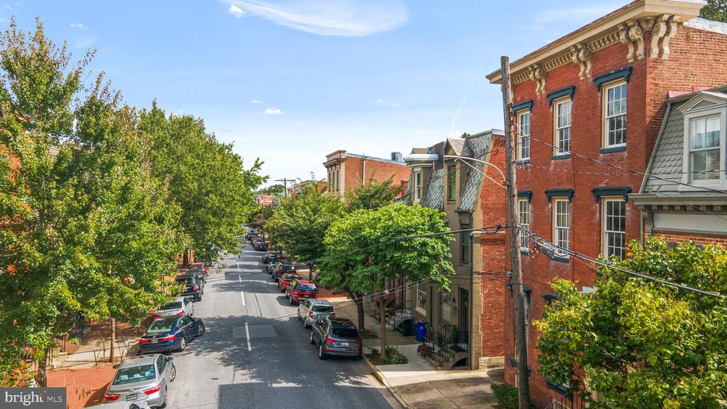 IN THE HEART OF THE HISTORIC DISTRICT - 130 W THIRD ST, FREDERICK