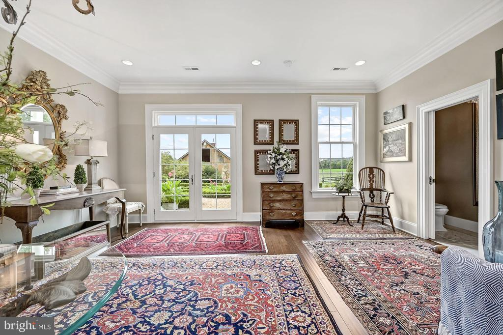 Office Sitting / Waiting & Powder Room - 7549 FINGERBOARD RD, FREDERICK