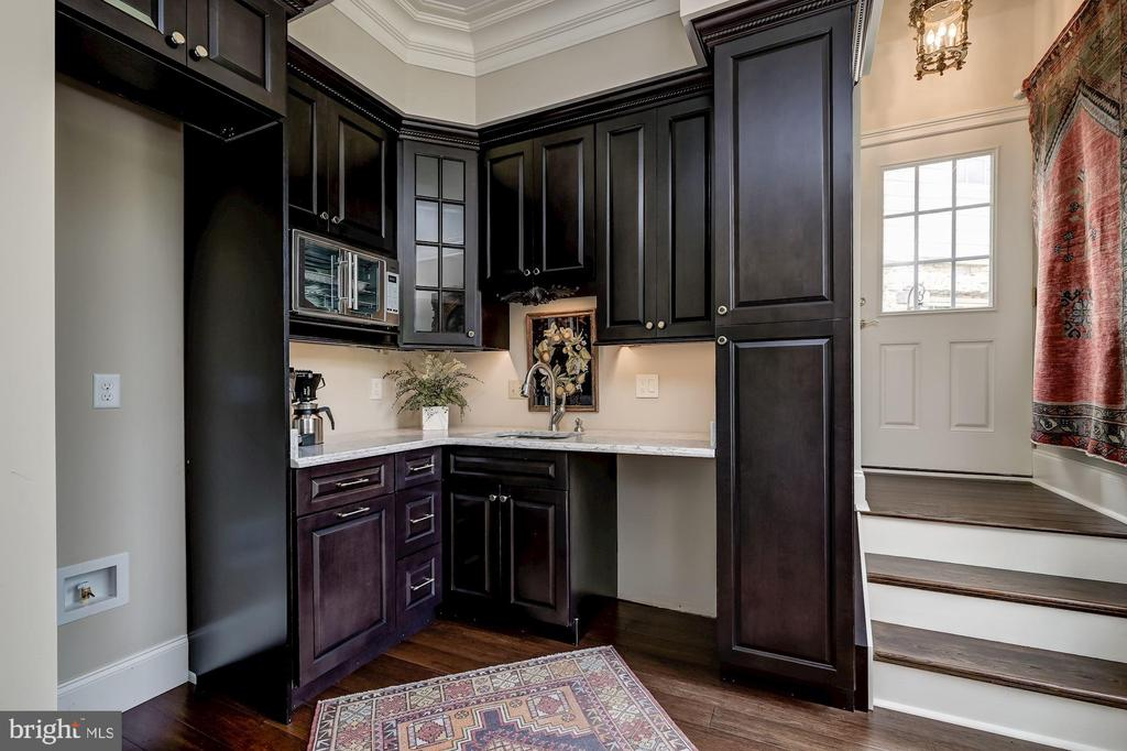 Kitchenette & Stair to Guest House Suite - 7549 FINGERBOARD RD, FREDERICK