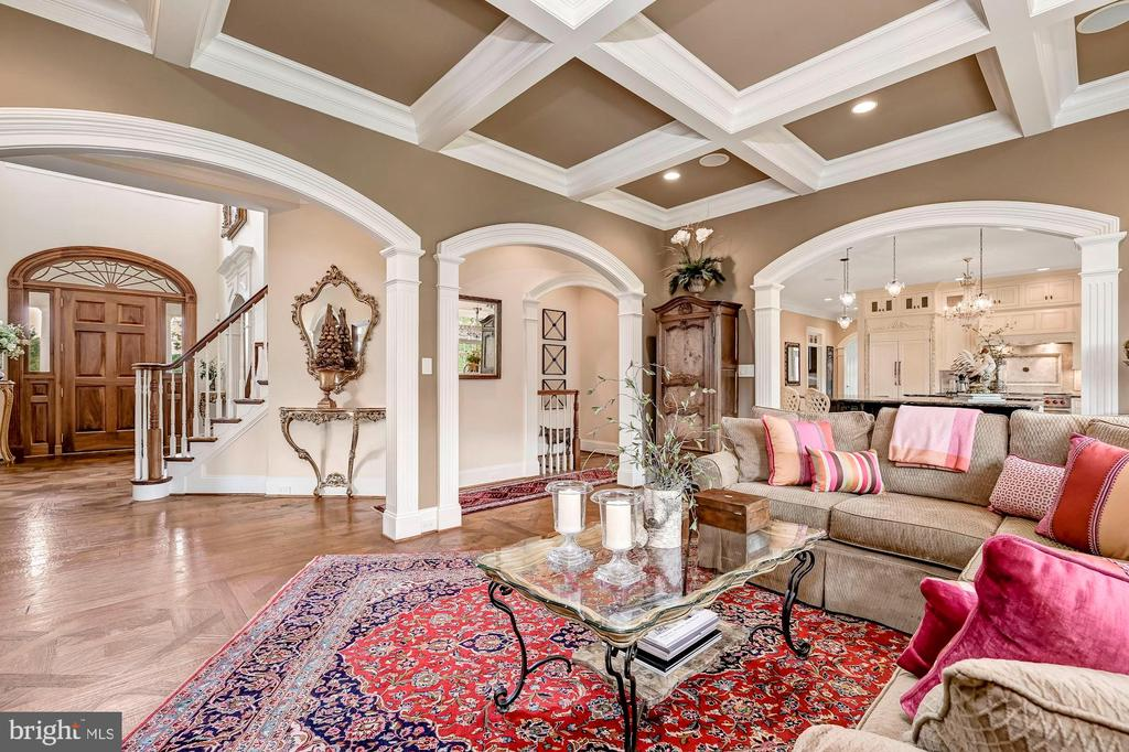 Open Plan & Repeated Arched Opening - 7549 FINGERBOARD RD, FREDERICK