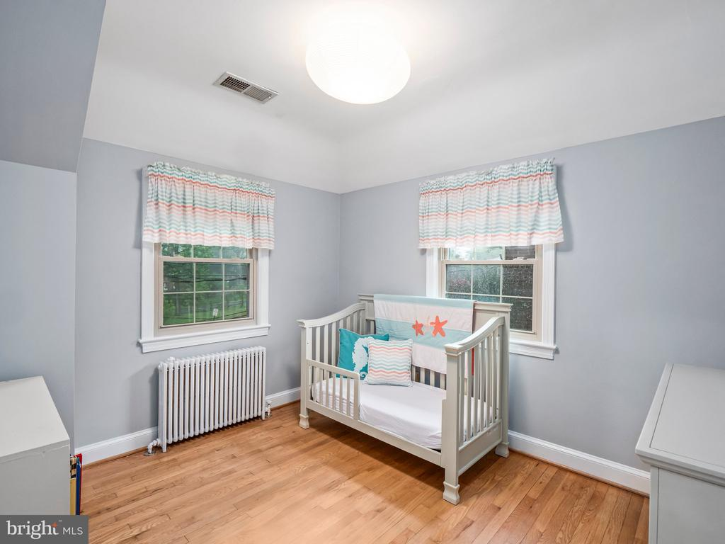 Second Bedroom - 713 N OAKLAND ST, ARLINGTON