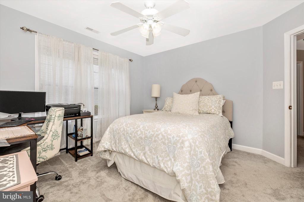 Bedroom 4 - 9803 PEBBLE BEACH CT, IJAMSVILLE