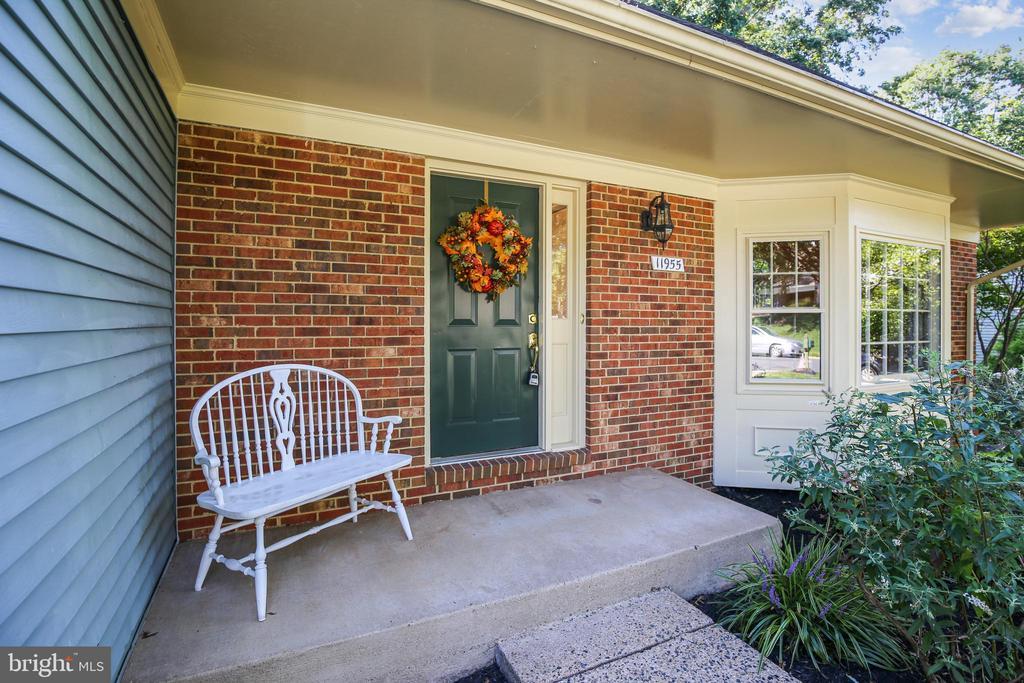 Front door with overhang - 11955 GREY SQUIRREL LN, RESTON