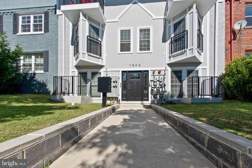 1826 INDEPENDENCE AVE SE #2