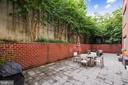 Private & surrounded by greenery - 1418 N RHODES ST #B-112, ARLINGTON