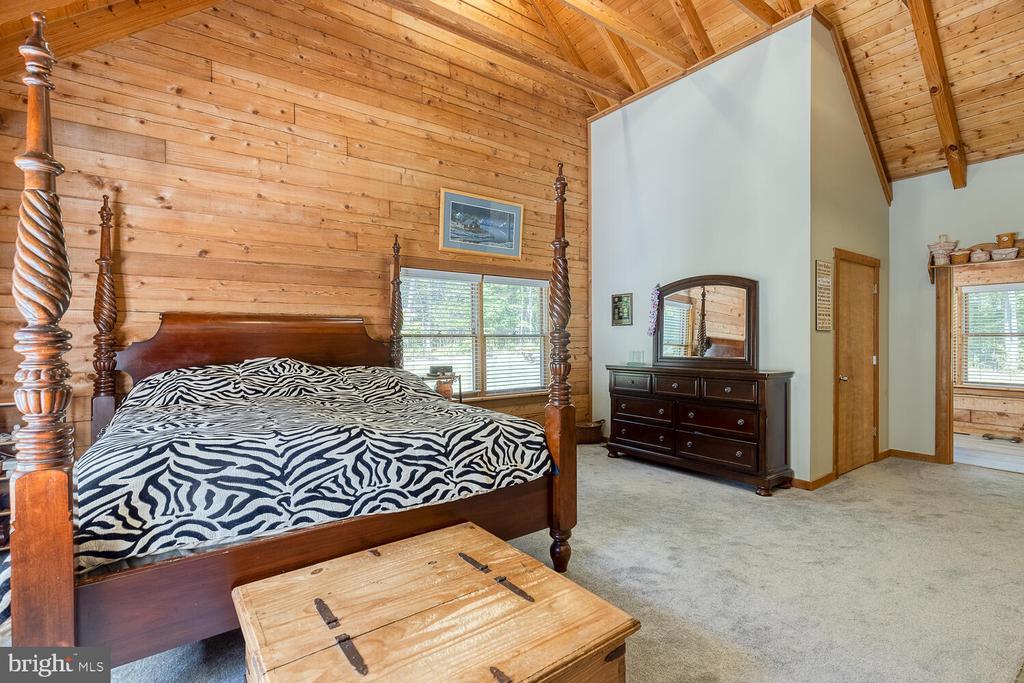 Primary bedroom on main level - 29471 NEW HAMPSHIRE RD, RHOADESVILLE