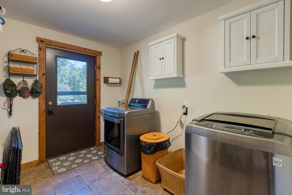 Laundry/Mud room - 29471 NEW HAMPSHIRE RD, RHOADESVILLE