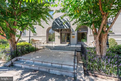 1514 17TH ST NW #305/303