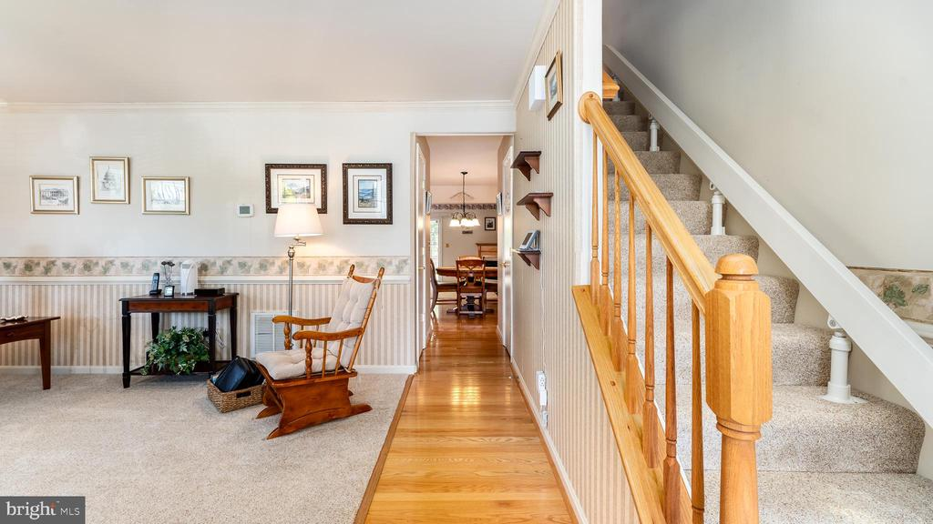 Sparkling and spacious. Come on in! - 9835 PLAZA VIEW WAY, FREDERICKSBURG
