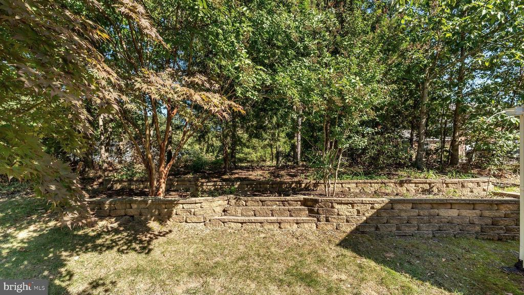 Stacked stone terraced planting beds - 9835 PLAZA VIEW WAY, FREDERICKSBURG