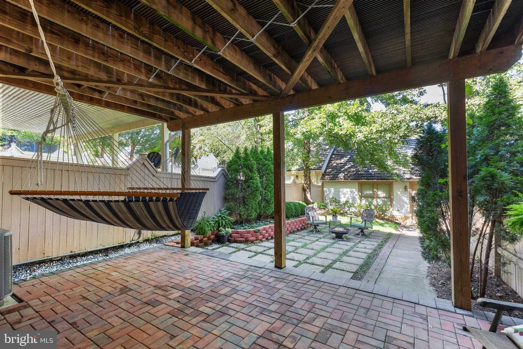 Lower level patio - 717 KENT OAKS WAY, GAITHERSBURG