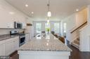 Soft close white cabinets - 1634 SANDPIPER BAY LOOP, DUMFRIES