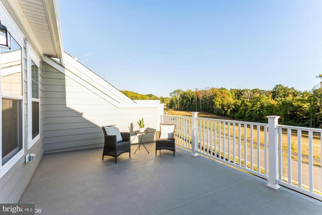 Relax on the private terrace - 1638 SANDPIPER BAY LOOP, DUMFRIES