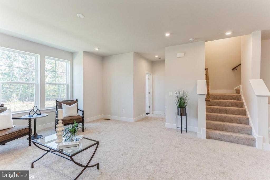 Stairs to bedroom level - 1638 SANDPIPER BAY LOOP, DUMFRIES