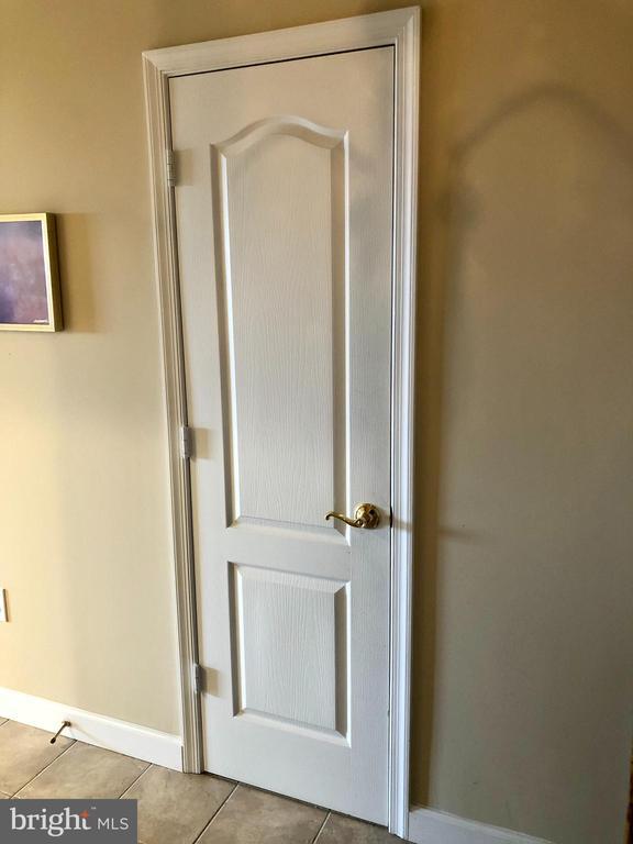 Front Hall Closet #1 - 901 N MONROE ST #1501, ARLINGTON