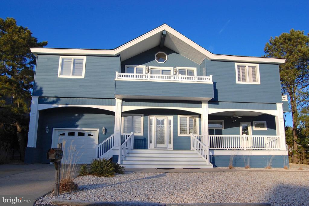 11  BUCKINGHAM AVENUE, Long Beach Island, New Jersey