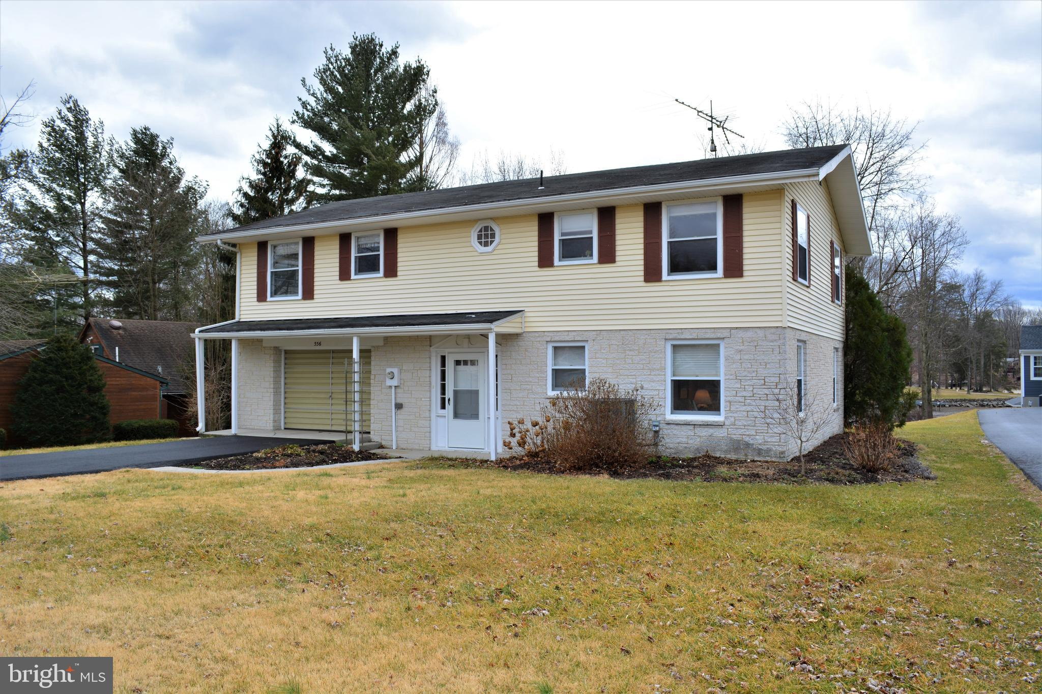 556 LAKE MEADE DRIVE, EAST BERLIN, PA 17316