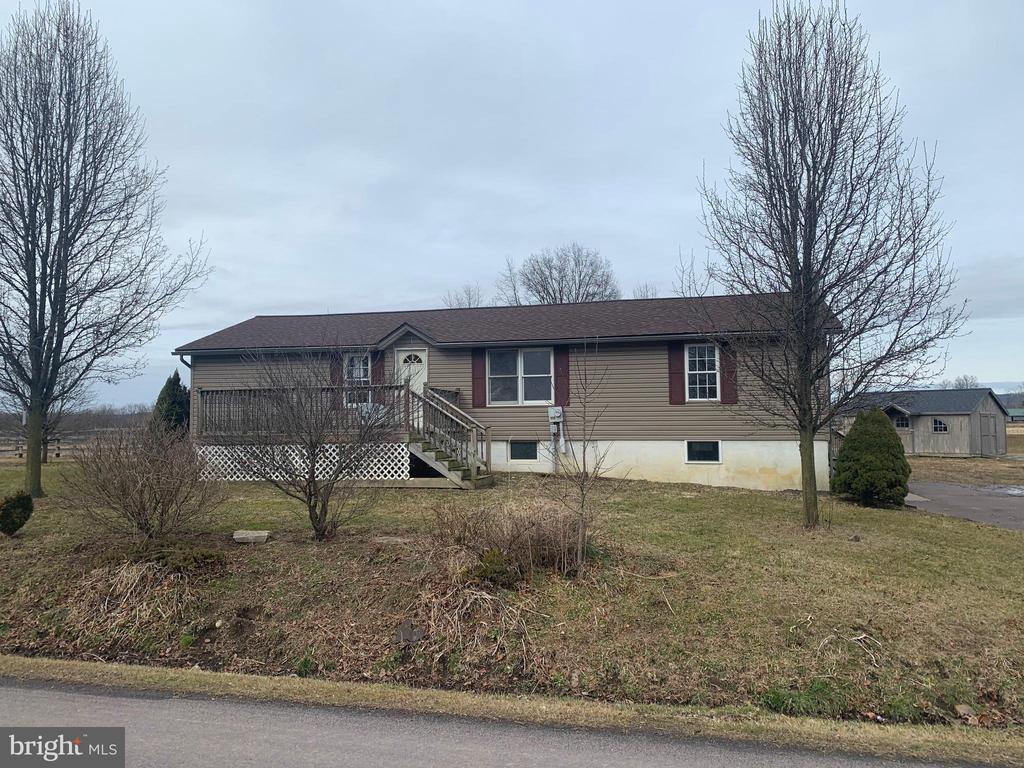 184 Greenleaf Road, Danville, PA 17821