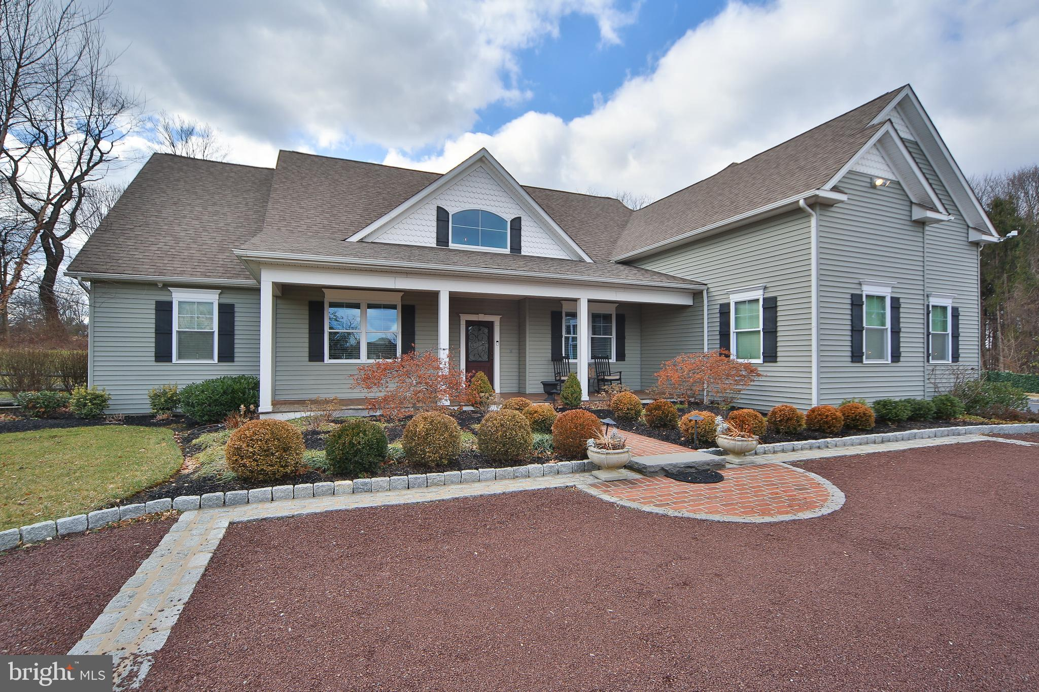 483 HOLLY ROAD, BLUE BELL, PA 19422
