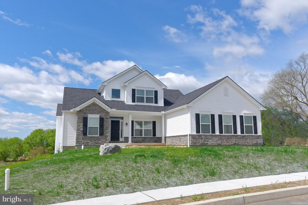 4816 Reston Drive, Easton, PA 18040