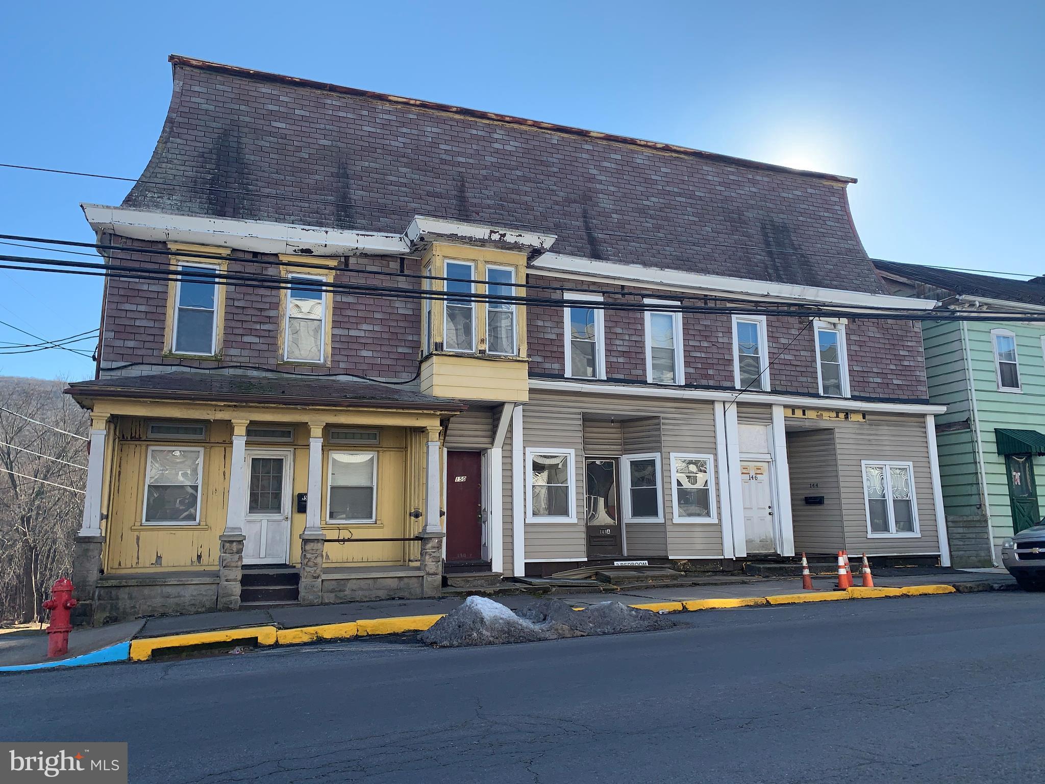 144-152 E MARKET STREET, WILLIAMSTOWN, PA 17098