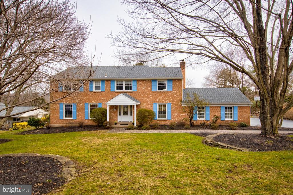 Showings begin 2/15 at 11:00. Welcome to this classic center hall Colonial at the end of a quiet cul-de-sac in desirable Radnor Township! The beautiful .78 acre lot backs up to the Radnor Valley Country Club and provides a delightful view of the 3rd fairway. Entering the gracious foyer, guests and family immediately appreciate the lovely hardwood floors and spacious formal living room. The bright dining room has great views and opens to the recently renovated, gourmet kitchen. Granite counters, custom wood cabinetry and shelving, newer appliances, and a fabulous breakfast table are sure to please the chef in the family. The large family room features a wood-burning fireplace surrounded by built-ins and opens to a large rear deck, perfect for outdoor relaxation and entertaining. A renovated laundry room and renovated powder room complete the first floor.  The second floor has ample space for family and guests, with 5 bedrooms and 3 full baths. The sizable master bedroom features a renovated, marble master bath. Three bedrooms share a renovated hall bath with a granite vanity top, and the 5th bedroom boasts an en-suite bath. Hardwood floors under all the carpets! The basement is partially finished and provides flexible space for storage and/or hang-out space. Located in the award-winning Radnor Township School District, this property is convenient to schools, public transportation, all major roadways, shopping, and recreation. Do not miss the opportunity to make this fabulous home your own! Listing agent is related to Sellers.