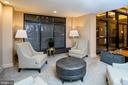 1808 Old Meadow Rd #909