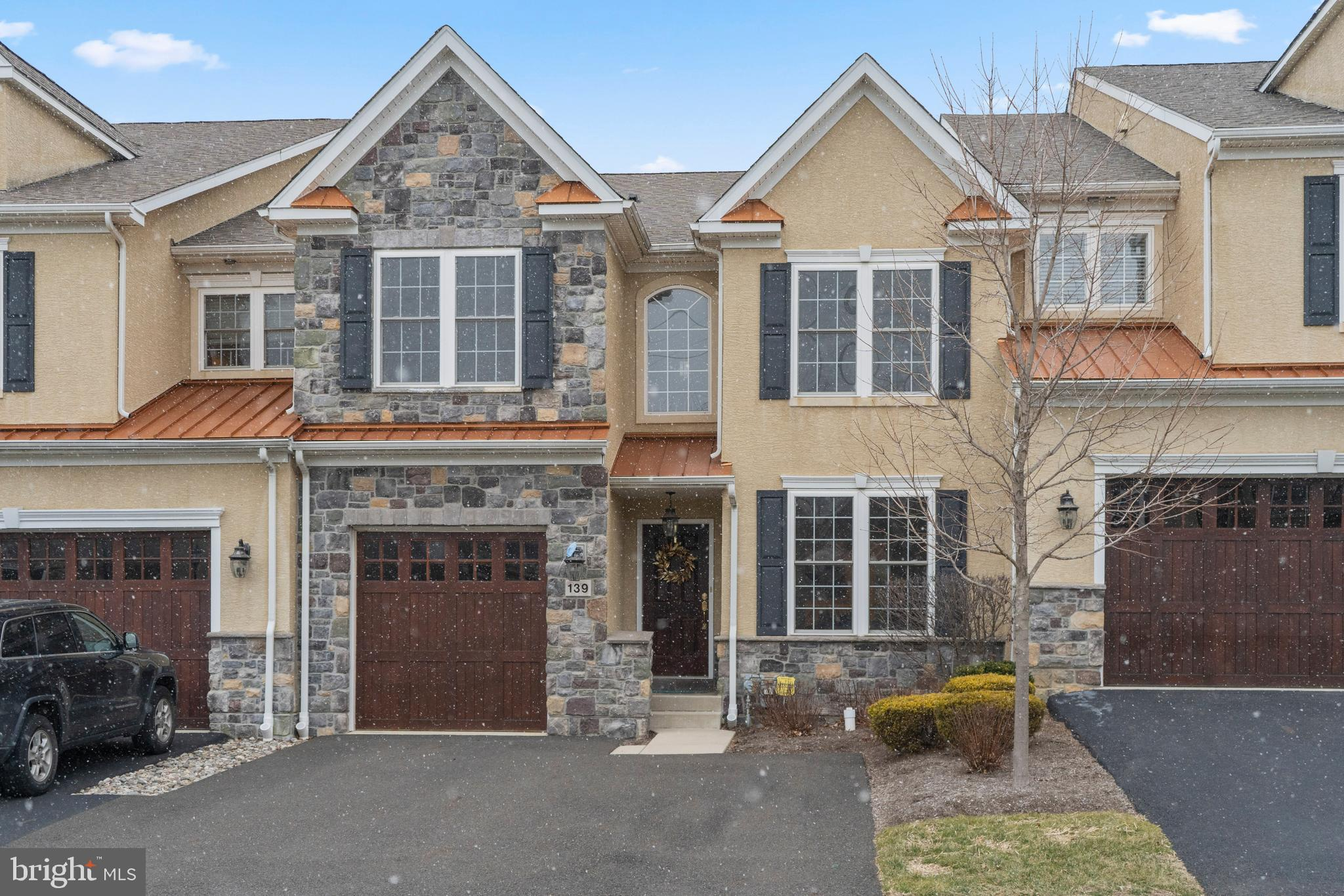 139 CARRIAGE COURT, PLYMOUTH MEETING, PA 19462