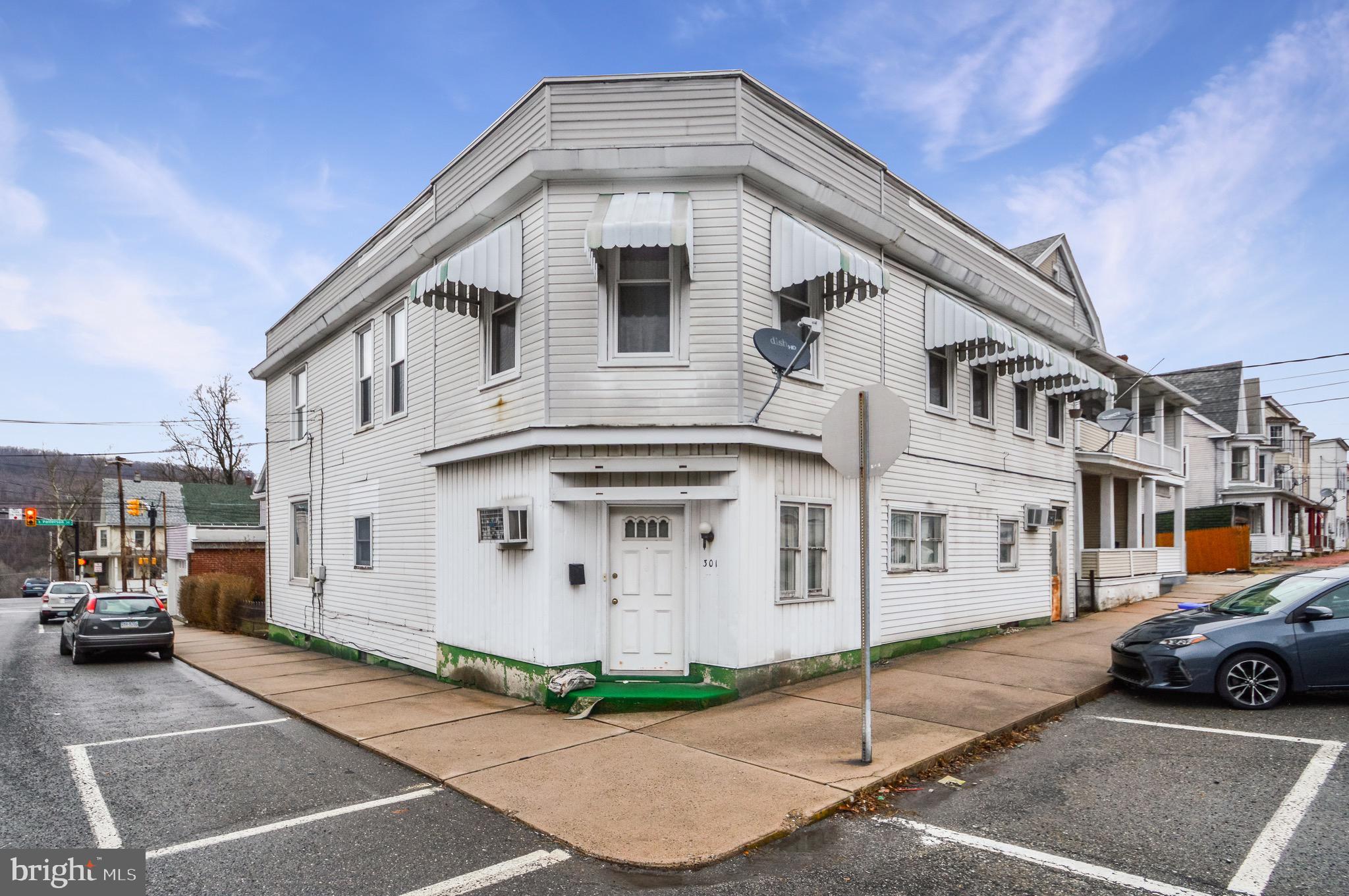 301 E Bertsch Street, Lansford, PA 18232