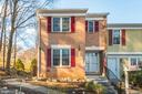 5701 Lawsons Hill Ct
