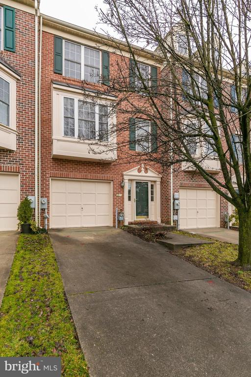 Gently lived in all-brick, 3 bedrooms, 3.5 baths townhome located in sought after Hunters Run Community. The home has hardwood floors, and has been freshly painted and new carpeting installed. The main level features a large living/dining room combination, with an eat-in kitchen facing the rear, allowing entry to the extensive rear deck.  The entrance level family room features a gas fireplace, with access to the rear yard. The large master bedroom has a cathedral ceiling, and master bath with dual vanities, Jacuzzi type bathtub, and separate shower.  2 bedrooms and family bath are also on this level.  This community has wonderful common grounds outside the front door, with easy access to the NCR hike/bike trail. The home is ideally located near the Hunt Valley Towne Center to serve all of your shopping/dining needs.