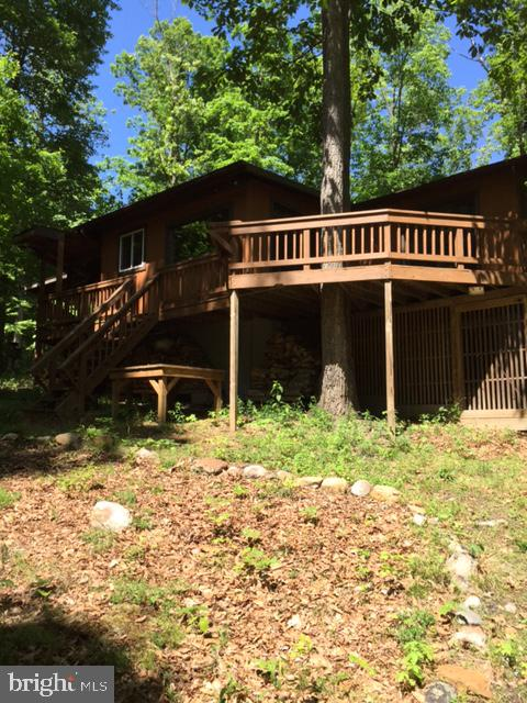 118 Capella Court, Great Cacapon, WV 25422
