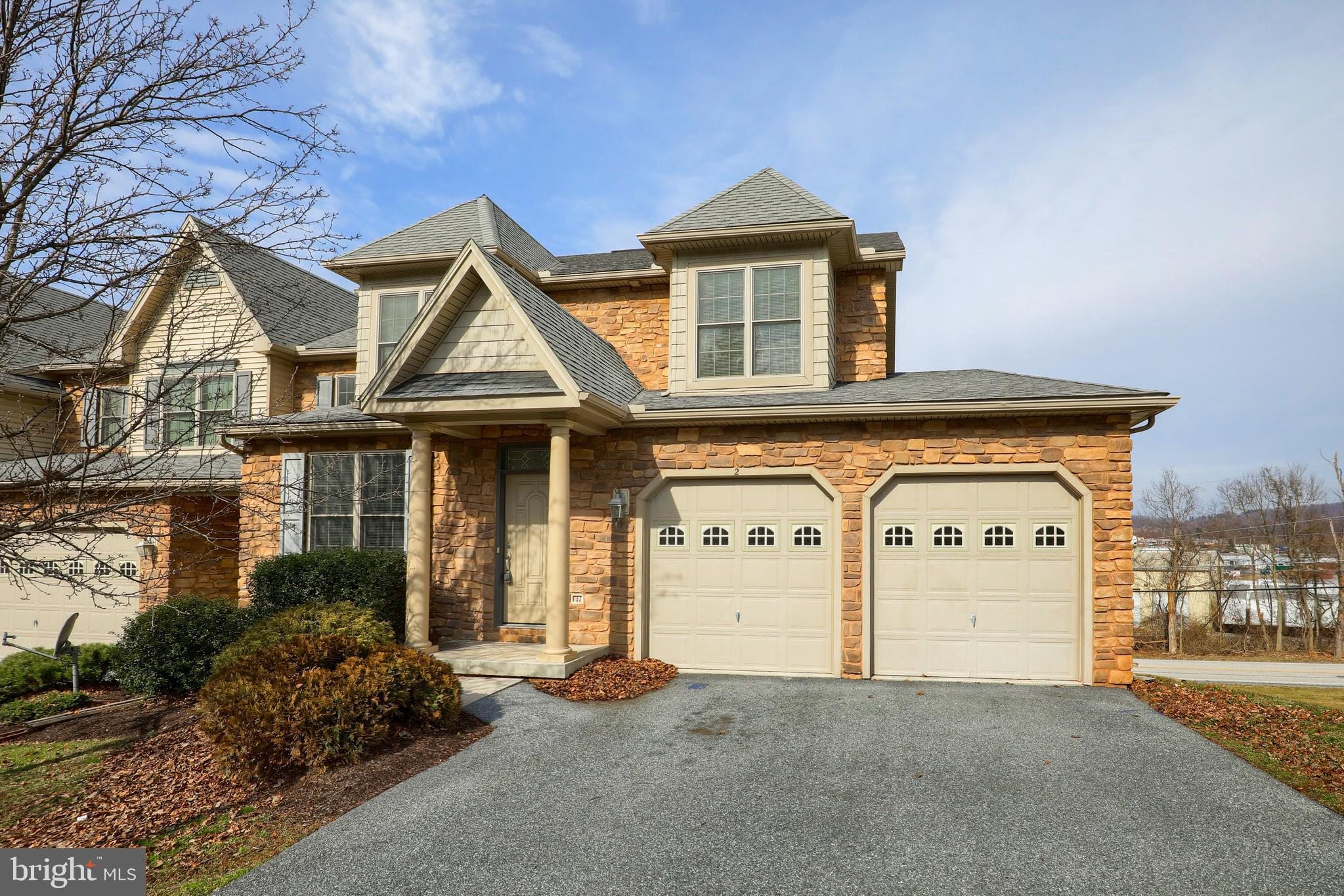 2 KINGSWOOD DRIVE, LEWISBERRY, PA 17339