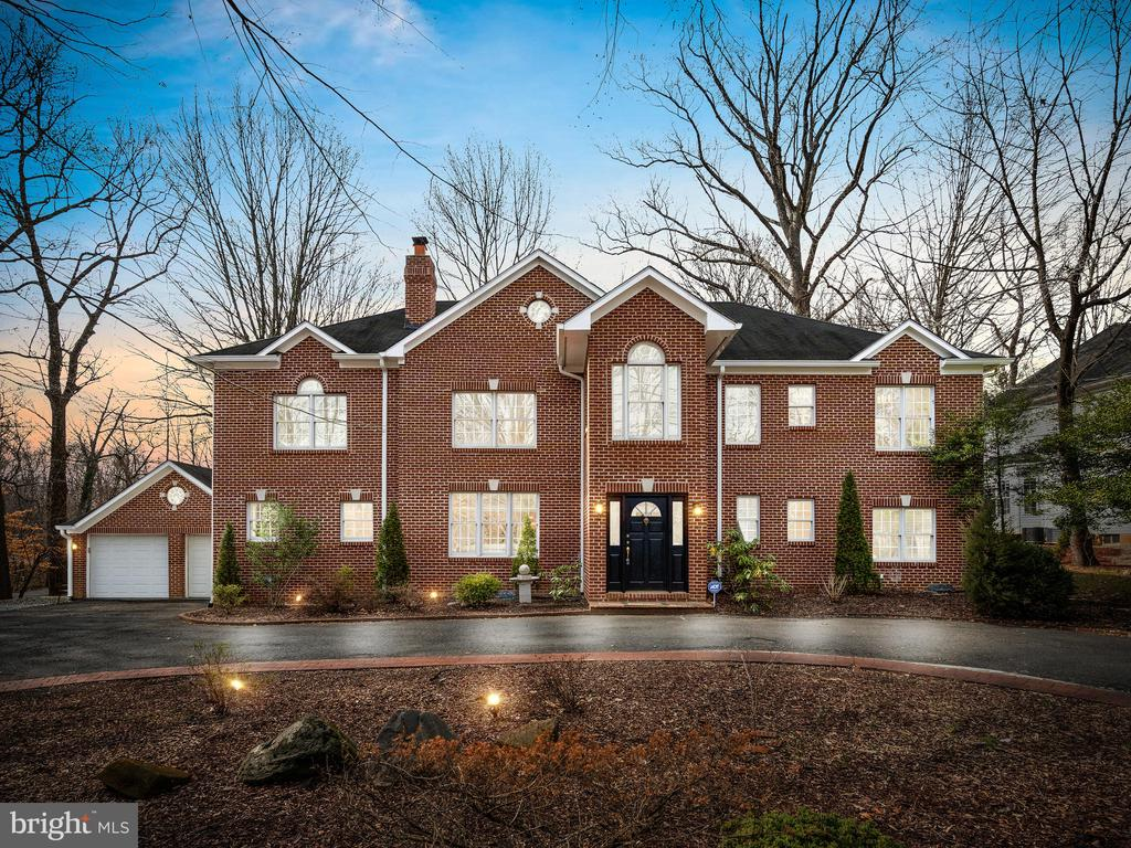 3054  CEDAR LANE, Fairfax, Virginia