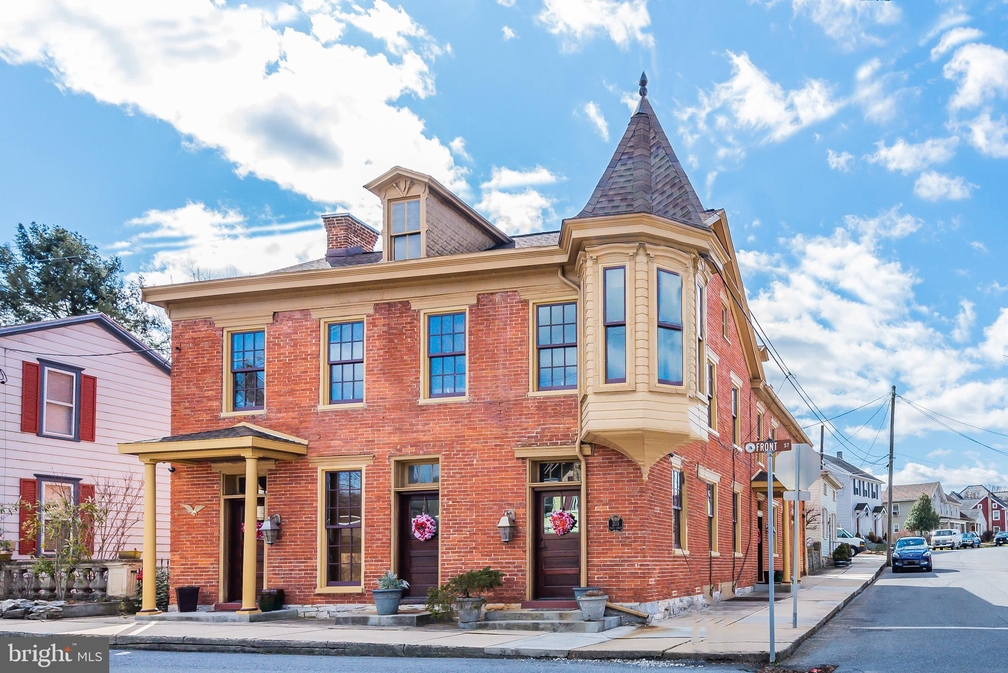 203 FRONT STREET, BOILING SPRINGS, PA 17007