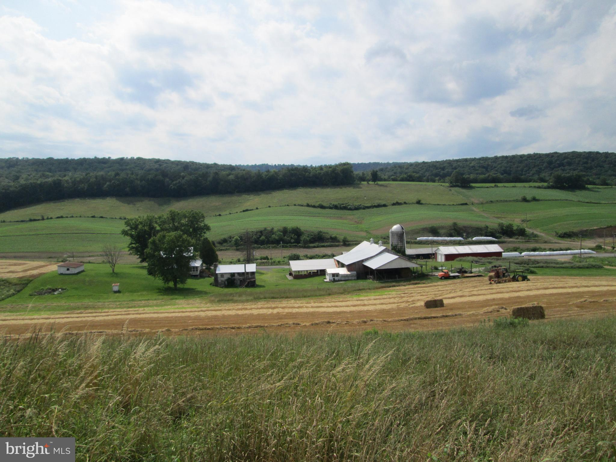 17549 HARES VALLEY ROAD, MAPLETON DEPOT, PA 17052